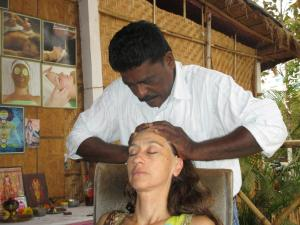 IMG_0522 Morjim Arte Face & Head Massage 8 Sylvie 5 Bien !